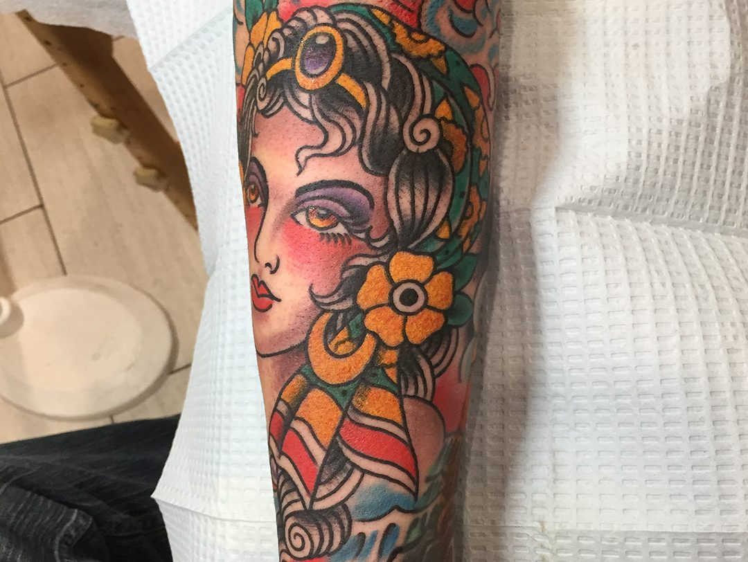 297e0ab0a Traditional American Maiden Head and Flowers Tattoo 01. ← Traditional  American Sailor Jerry Pin Up Eagle American Flag ...
