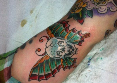 TRADITIONAL BUTTERFLY SKULL