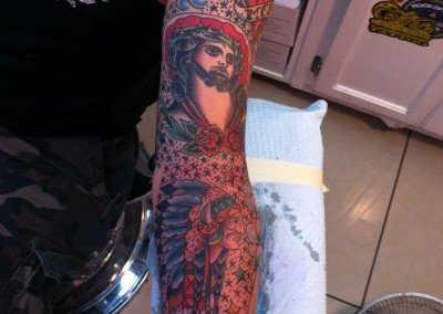 TRADITIONAL SLEEVE JESUS INDIAN HEADDRESS
